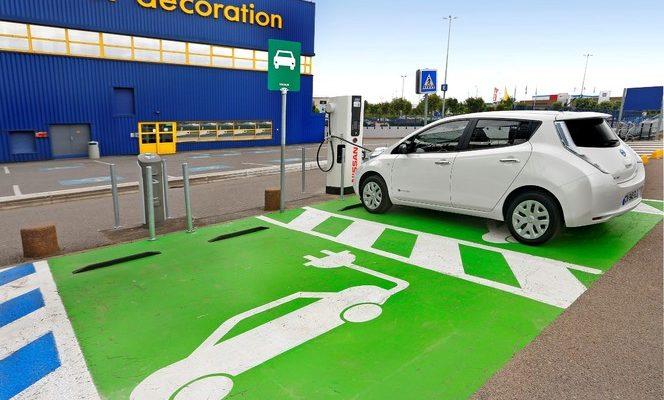 IKEA : un service gratuit de transport en véhicule électrique