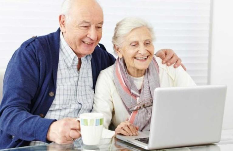 seniors-connectés