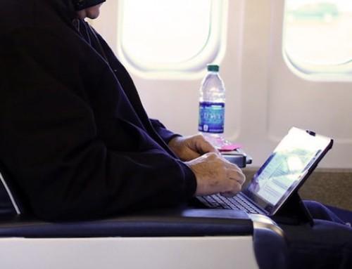 Les États-Unis cessent d'interdire les ordinateurs dans certains vols