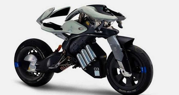 Yamaha « Motoroid » : la moto qui a le sens de l'équilibre