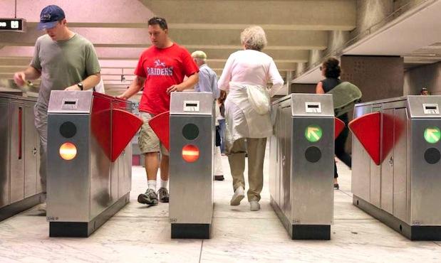 Métro parisien : le rendre plus accessible aux personnes handicapées