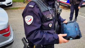 police-francaise-matériel-numérique