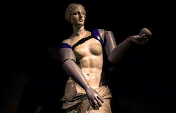 Prothèses symboliques : la Vénus de Milo a été appareillée
