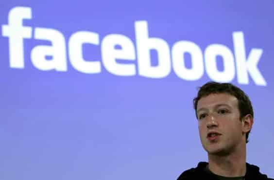 Facebook et Twitter face au Congres americain