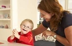 Aidants: les proches des personnes handicapées méritent d'être reconnus