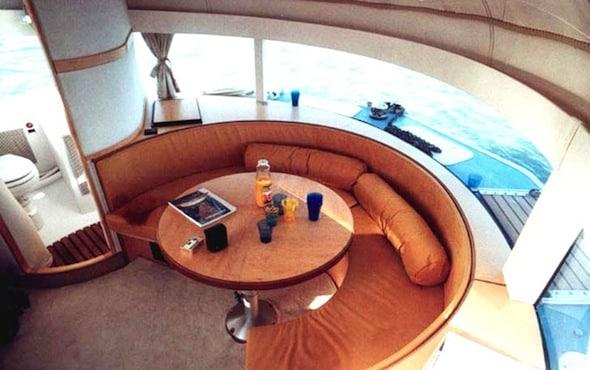 Anthenea : une chambre d'hotel flottante