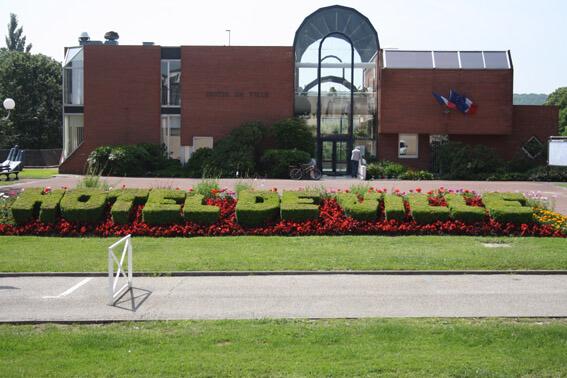 la mairie de Villepreux