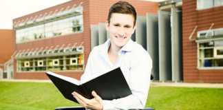 Encore trop peu d'étudiants handicapés peuvent aller se former à l'étranger