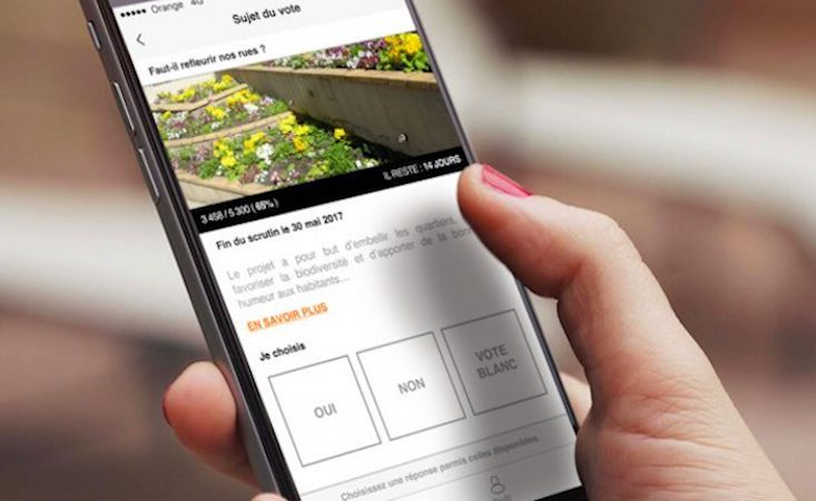 """""""Le Vote"""" Orange, un outil numérique au service de la démocratie participative"""