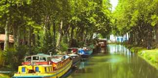 Pour de beaux moments de calme, se promener sur le Canal du Midi est un choix parfait.