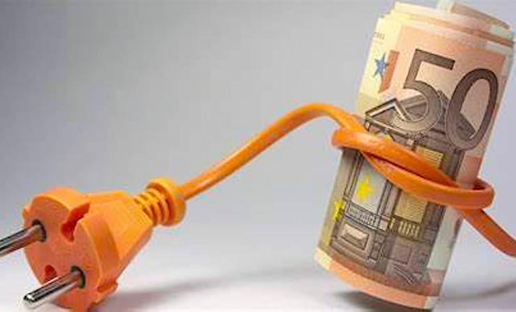 Une taxe variable sur la consommation électrique est appliquée dans tous les foyers.