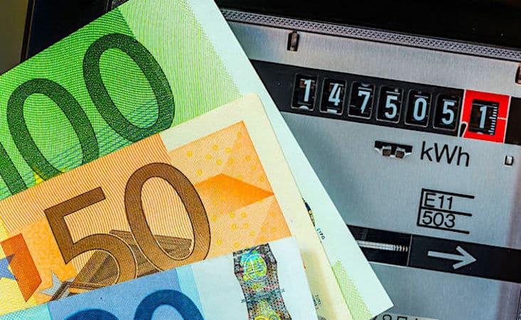Une hausse des tarifs de l'électricité est prévue en juin.