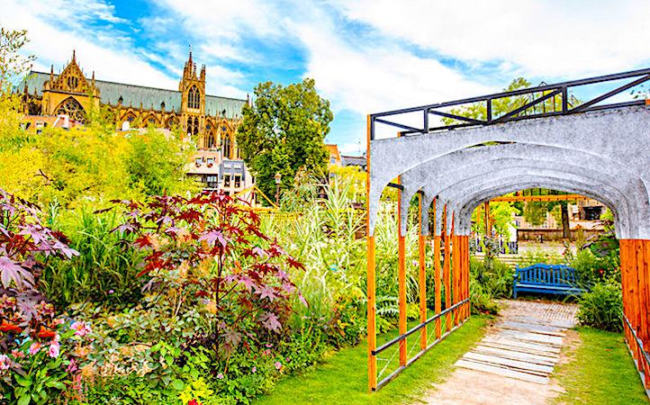 """Découvrir de multiples jardins sera le thème de l'événement """"Rendez-vous aux jardins""""."""