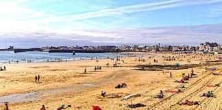 Cropped Les Plages Bretonnes Attirent De Plus En Plus De Franc Ais En Vacances