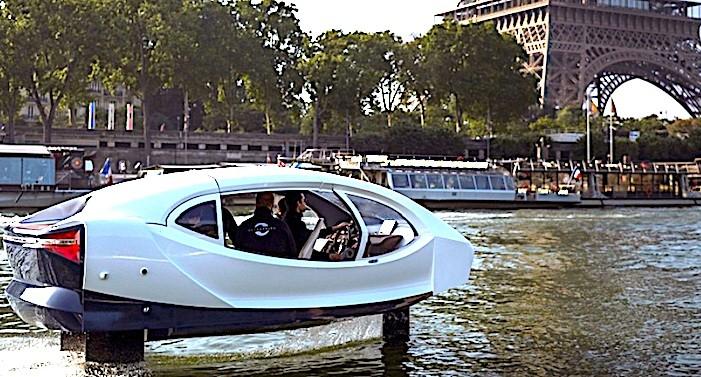 """Les taxis """"volants"""" SeaBubbles pourraient bientôt naviguer sur la Seine."""