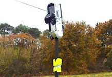 Des radars-tourelles ont commencé à être installés en France. Malheureusement, ils sont déjà vandalisés.
