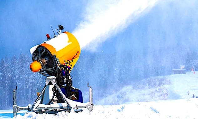 Manque de neige : des coûts croissants pour les stations de ski