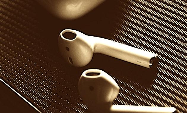 Des copies dangereuses d'accessoires pour smartphones sont parfois vendues par des enseignes connues.