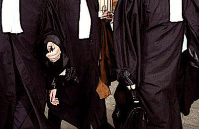 La colère des avocats face à la réforme des retraites ne faiblit pas.