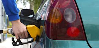 Une baisse des prix de l'essence commence à se faire sentir en France.