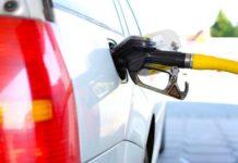 La baisse des carburants s'explique en partie par l'épidémie de coronavirus.