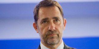Christophe Castaner veut instaurer un contrôle du confinement
