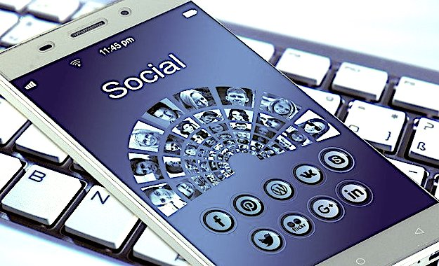 Les rumeurs sur le coronavirus fleurissent sur les réseaux sociaux.