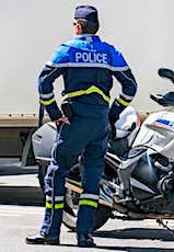 De nombreux policiers vont être chargés du contrôle du confinement.
