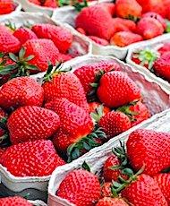 Actuellement, les prix des fruits et des légumes français ont beaucoup augmenté dans les supermarchés.