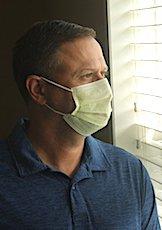 Le manque de masques en France a en partie été aggravé par des mesures de sécurité sanitaire chinoises très strictes.