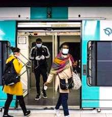 Des contrôles via des caméras sur le port du masque de protection ont commencé dans certains bus et le métro.