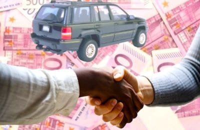En ce moment, le secteur de la vente des voitures neuves propose d'énormes rabais.