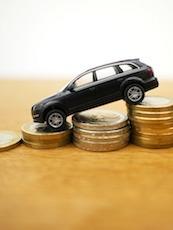 Le secteur de la vente des voitures neuves propose actuellement des soldes très importants, pour relancer un marché sinistré.