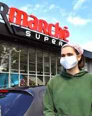 Les ventes de masques chirurgicaux ont été très favorables aux supermarchés.