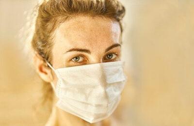 Des masques gratuits contre le coronavirus seront bientôt accessibles à certains Français.