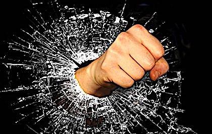 Maires agressés : en Seine-et-Marne, un incident de voisinage tourne mal