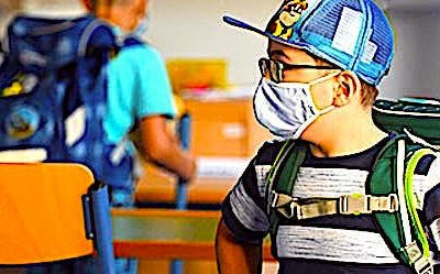 Une rentrée scolaire anxieuse marque le mardi 1er septembre 2020.
