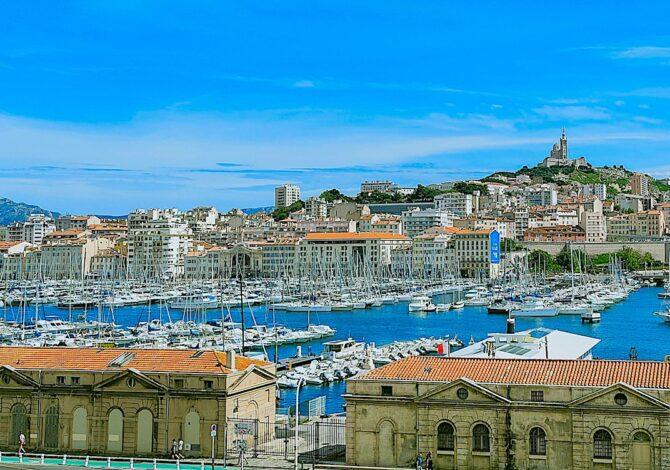 Les annonces restrictives d'Olivier Véran ont mis Marseille en colère