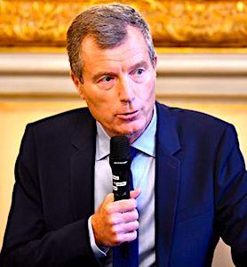 Des mesures sanitaires plus strictes devront s'appliquer à Bordeaux et Marseille