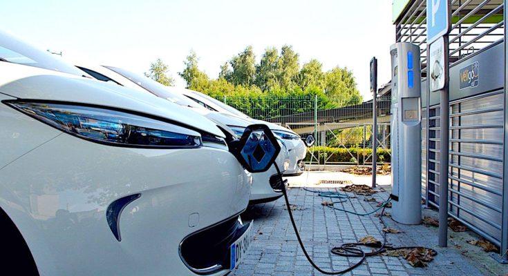 Le Plan « Objectif 100.000 bornes » permettra de recharger plus de véhicules électriques