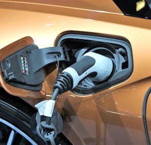 La voiture électrique d'occasion bénéficie maintenant d'un encouragement à l'achat