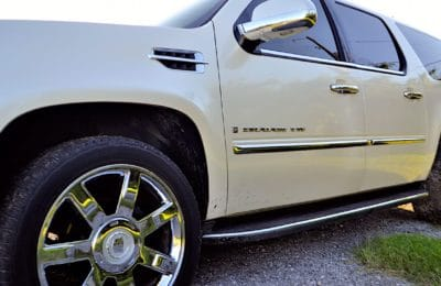 L'écologie radicale du groupuscule La Ronce le pousse à vandaliser des SUV