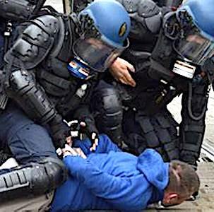 Les images de policiers, reconnaissables sur Internet, pourront entraîner des poursuites si cette publication est malveillante.