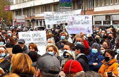 Les commerces en difficulté en Nouvelle-Aquitaine vont bénéficier d'une aide régionale, en faveur des ventes en ligne