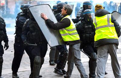 Les images de policiers postées sur Internet pourront entraîner des sanctions pénales.