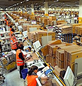 Le blocage d'un entrepôt d'Amazon dans la région lyonnaise provoque un nouveau conflit