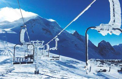 Faire rouvrir les remontées mécaniques représente un enjeu essentiel pour les professionnels des stations de ski