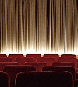 En 2020, la baisse de fréquentation des salles de cinéma a sérieusement menacé ce secteur d'activité.