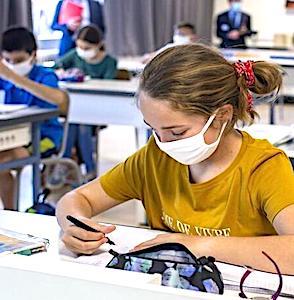 Les écoles toujours ouvertes à Dunkerque, malgré la progression du variant anglais, mettent le maire en colère.