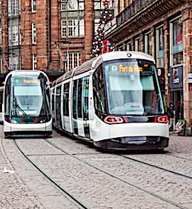 En offrant des transports gratuits aux voyageurs mineurs, la maire de Strasbourg tiendra l'une de ses promesses de campagne.